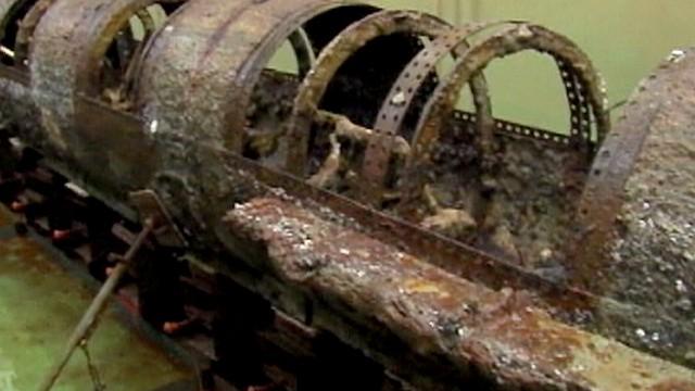 H.L.HUNLEY l'interno del sommergibile a manovella