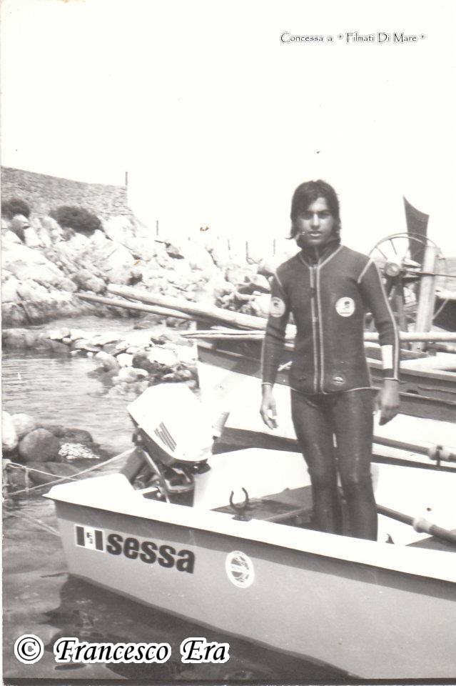 151 Francesco Era - in quegli anni, mi dividevo tra scuola e mare cercando di marinare il più possibile la scuola per dedicare più tempo al mare.