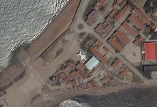 Wig di Tongji University - hangar Base Navale Qingdao. (Immagine di Google Earth)