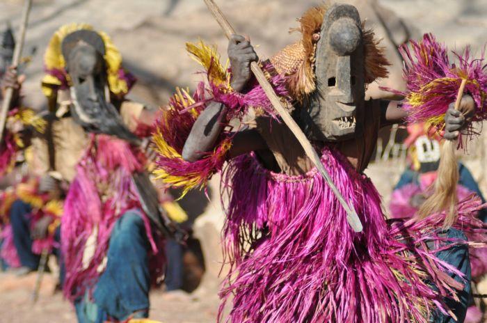 Dogon --Danza-delle-maschere