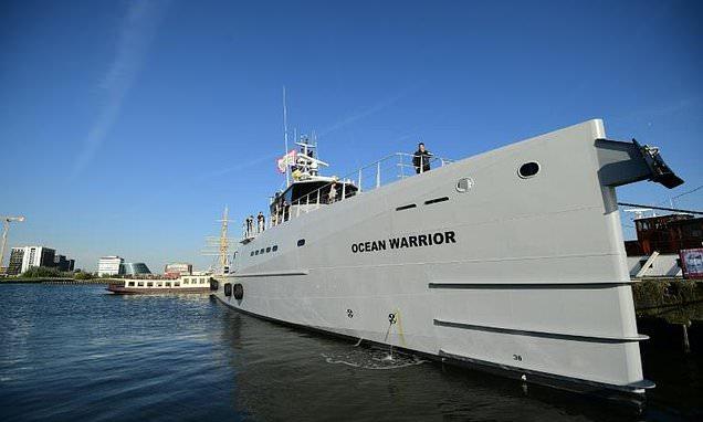 Ocean Warrior - veloce motovedetta di Sea Shepherd